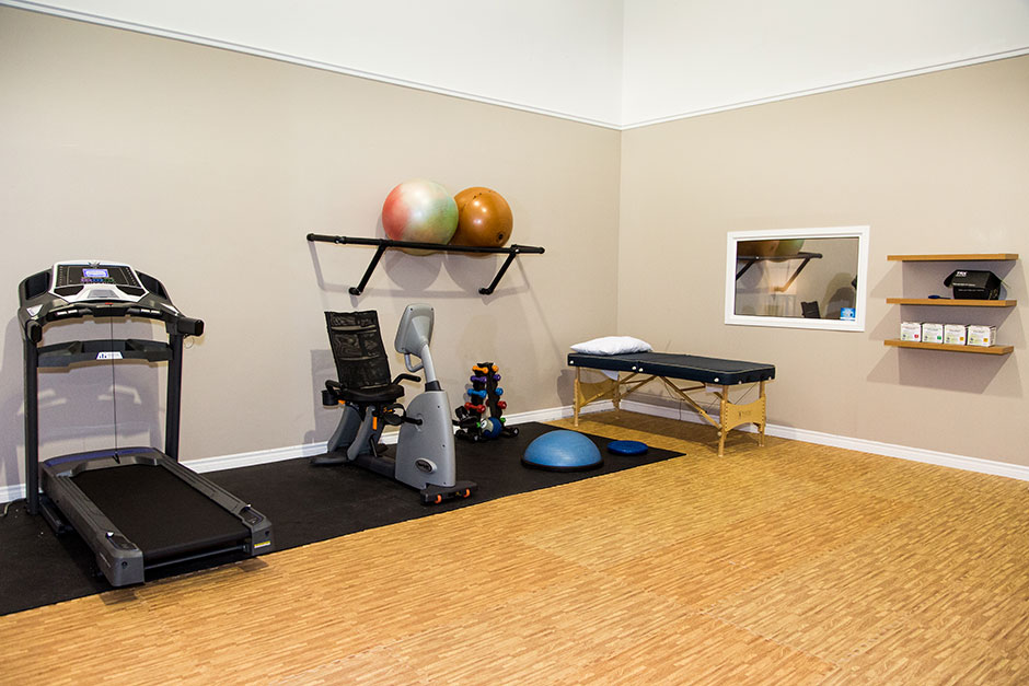 physiotherapy-gym-940